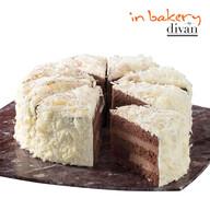 Dondurulmuş In Bakery by Divan Vişneli Beyaz Çikolatalı Pasta